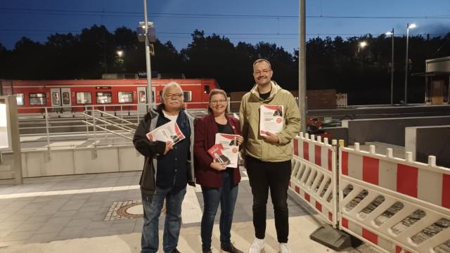 Frühverteilaktion am Bahnhof in Haßfurt